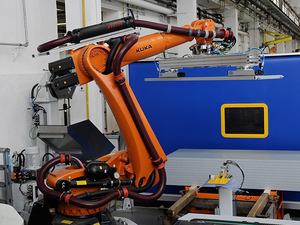 机床上下料工业机器人